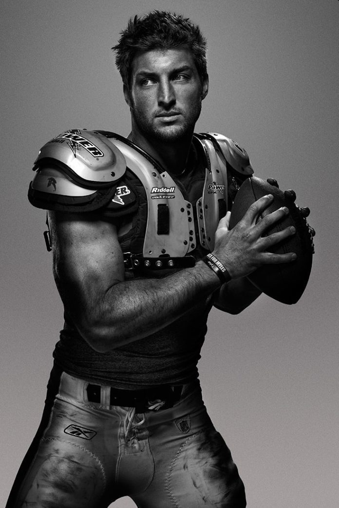 tim tebow football player artistic photography portrait image sexy athlete sports hot guy man