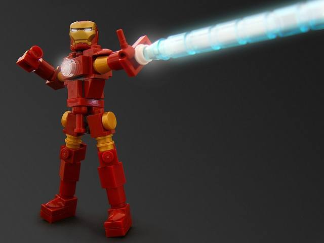Legendary Lego artist Legohaulic brings a red and yellow Iron Man fan art sculpture to life