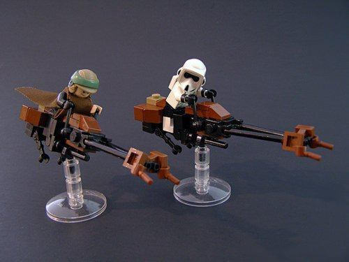 Star Wars characters exist in real life as cute and creative Lego brick sculptures by Lagohaulic
