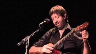 Jon Gomm's Percussive Guitar – Passionflower